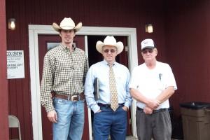 Luke Mobley, Jarvene Shackelford, And Bobby Lynn at Lynn Angus Sale